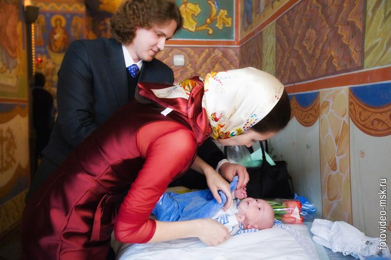 Костюм для крещения мальчика своими