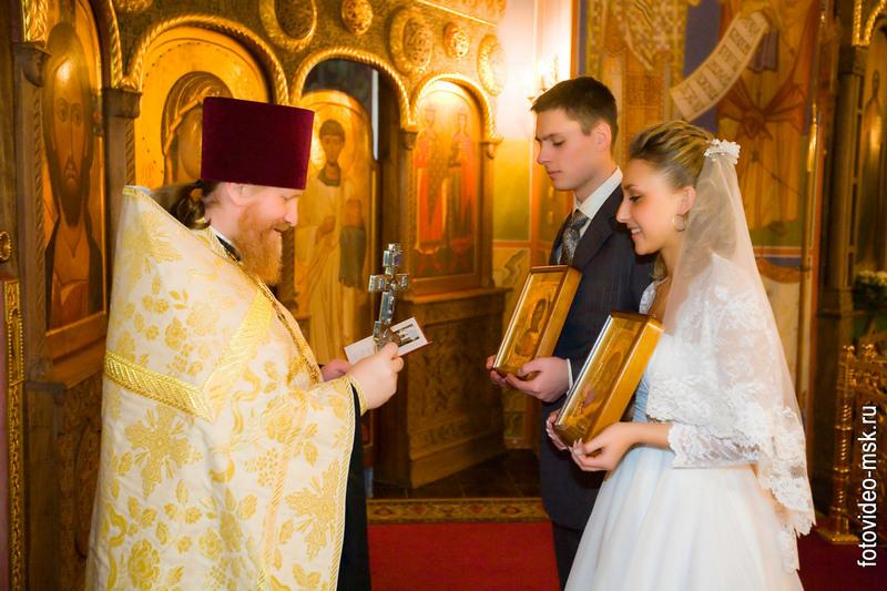 майки и кепки с белорусской символикой